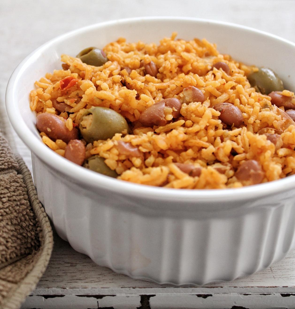 Puerto Rican arroz con habichuelas in a small bowl