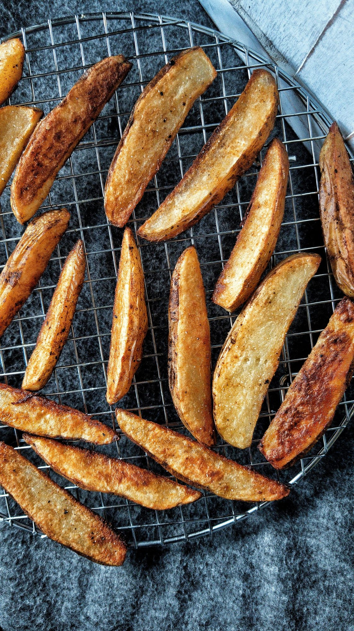 crispy baked potato wedges fries