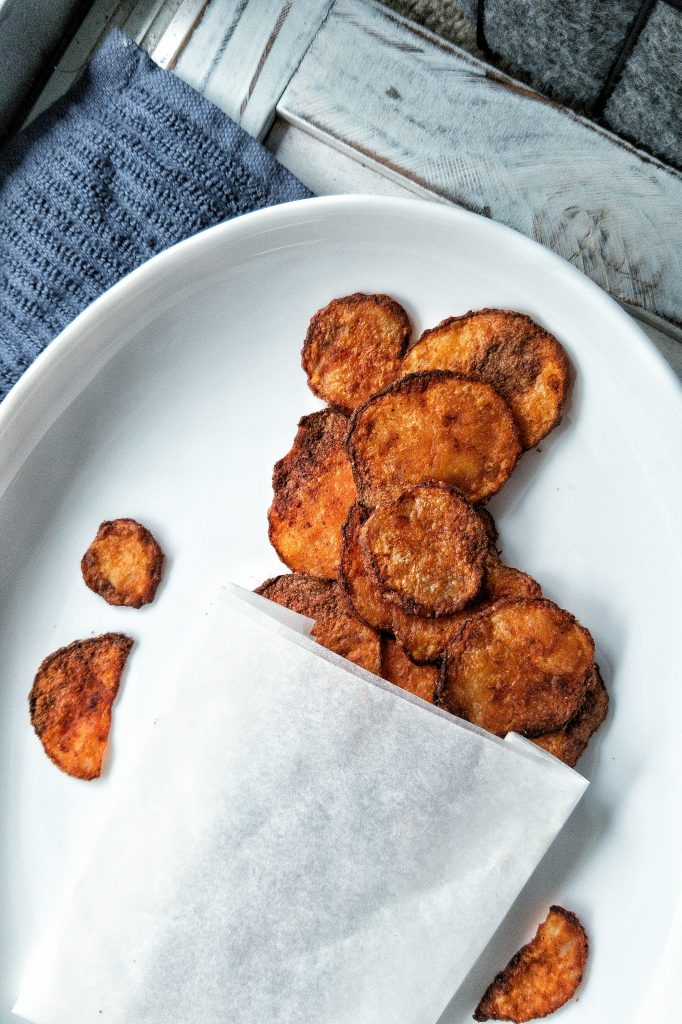 Savory and crispy chips snack seasoned with smoked paprika and salt
