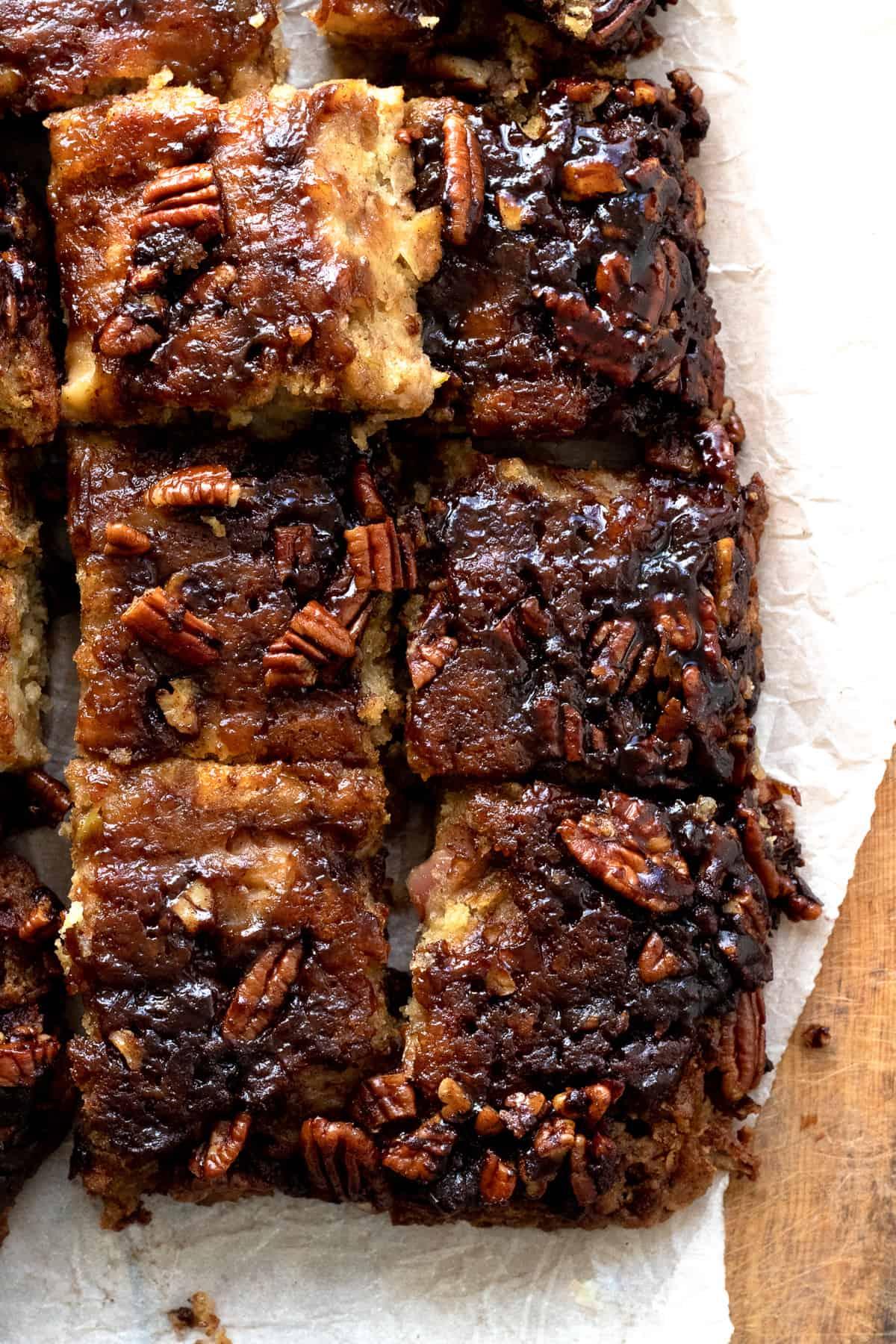Sticky vegan apple cake slices