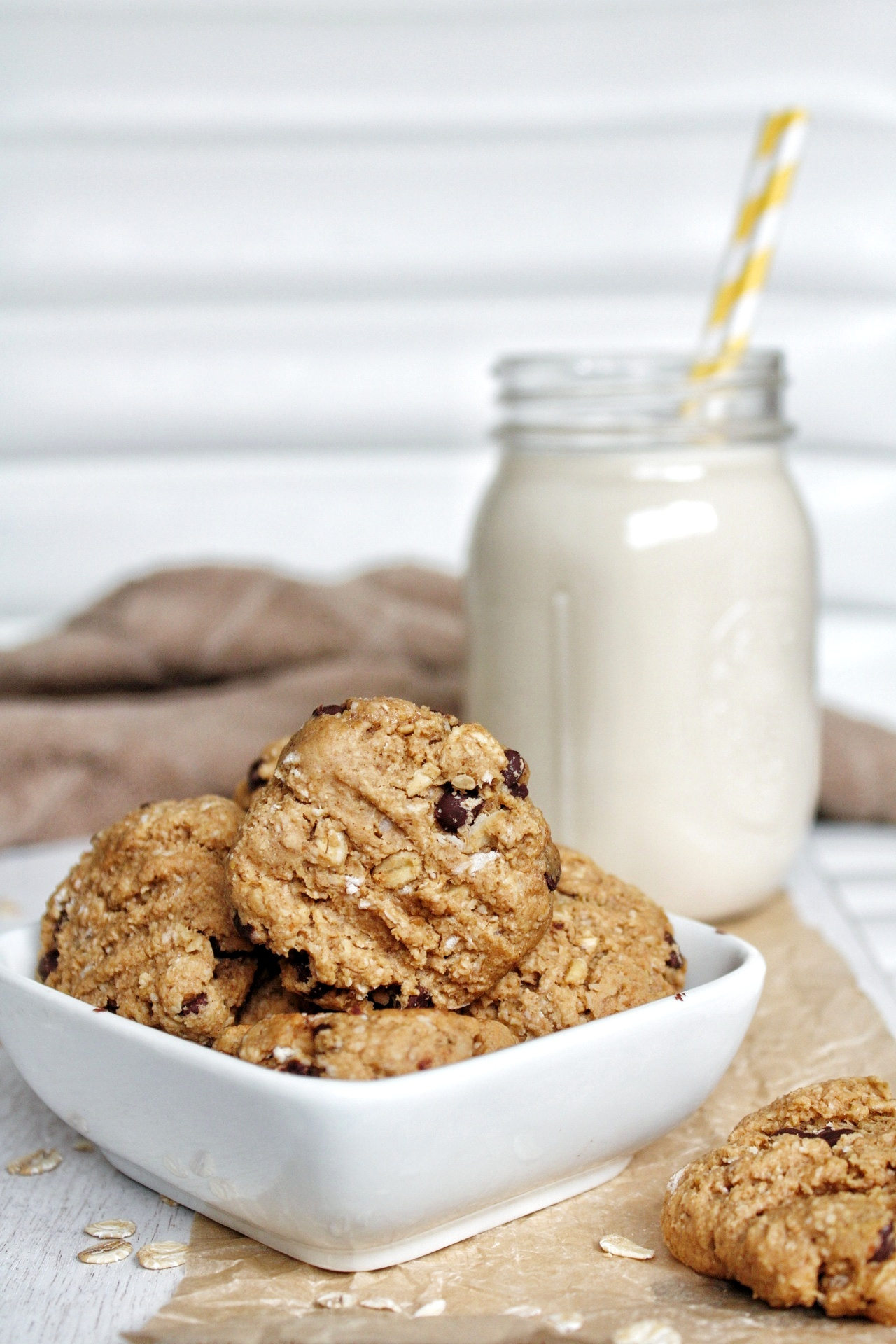 Oatmeal cookies in a small, glass serving dish