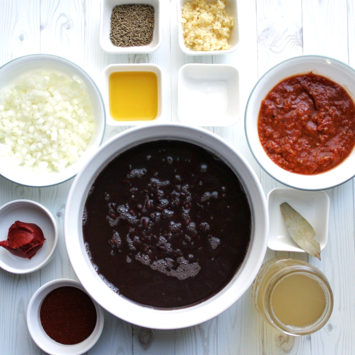 Ingredients for black bean chili.